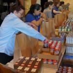 Brown Bag Volunteers Help Feed Those in Need